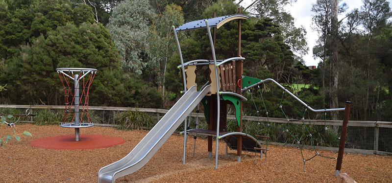 Projects-for-our-community-yarrunga-playground.jpg